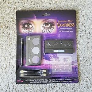 NWT Shimmering Vampiress make up set